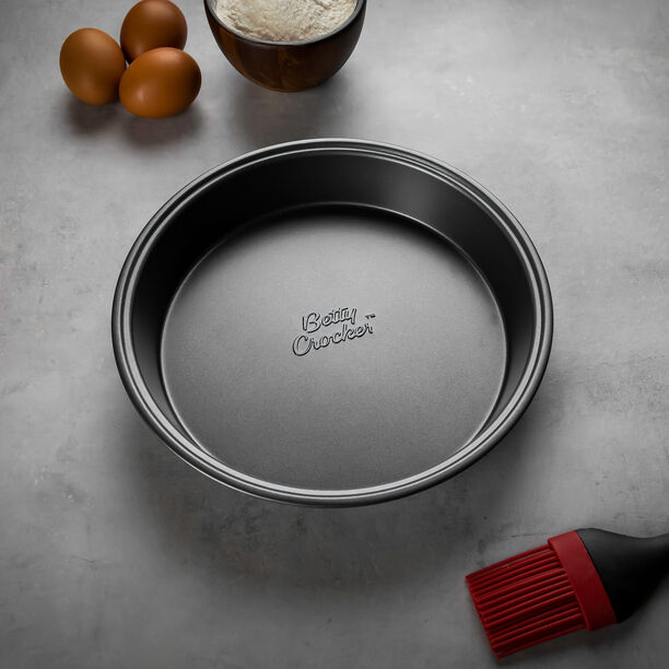 Betty Crocker Non Stick Round Pan Grey Color image number 2