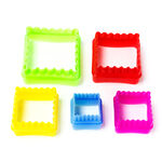 Plastic Cookie Cutters 5 Pieces Assorted Shapes image number 1