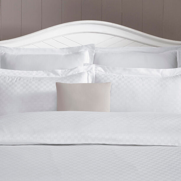 Duvet Cover Set 3 Pieces Cotton King Size Embroidery White  image number 2