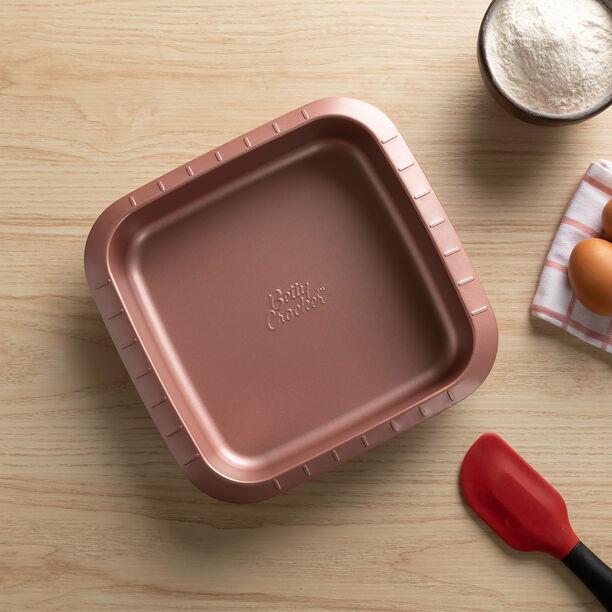 قالب كيك مربع من بيتي كروكر باللون الوردي image number 1