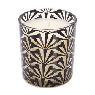 شمعة معطرة في وعاء زجاجي