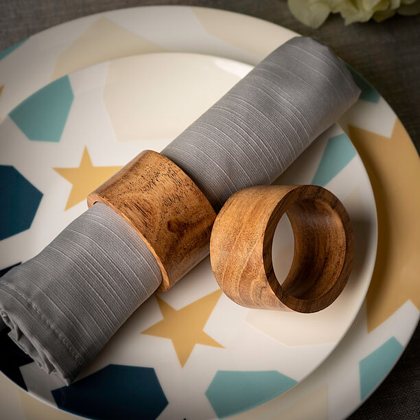 Arabesque Napkin Ring Set Of 4 In image number 4