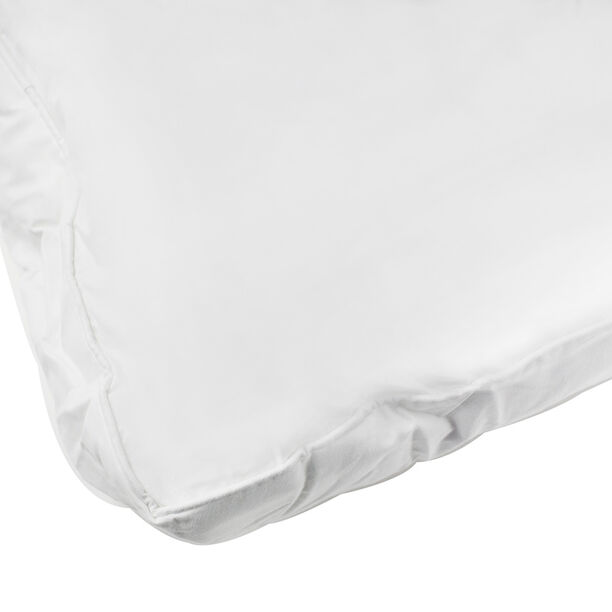 GussetPillow With Self Piping image number 1