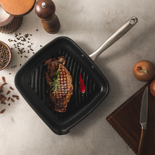 Non Stick Grill Pan With Steel Handle Square Shape Black