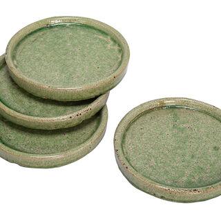 طقم من 4 صحون ديكور سيراميك لون أخضر مقاس 17*2.5سم