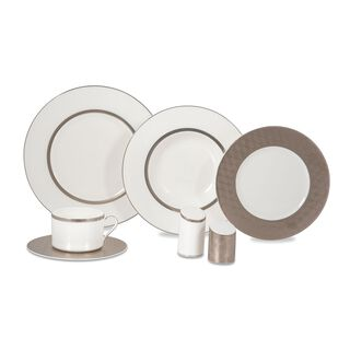 La Mesa Fine Bone Porcelain Dinner Set 32 Pieces