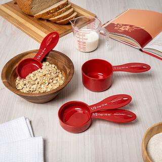 Betty Crocker Plastic 4 Pieces Measuring Cup Set