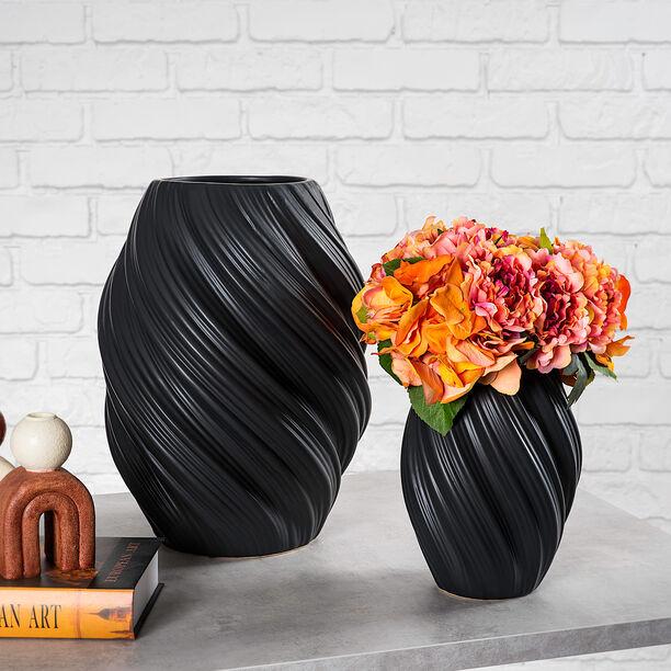 Ceramic Vase Matt Black image number 0