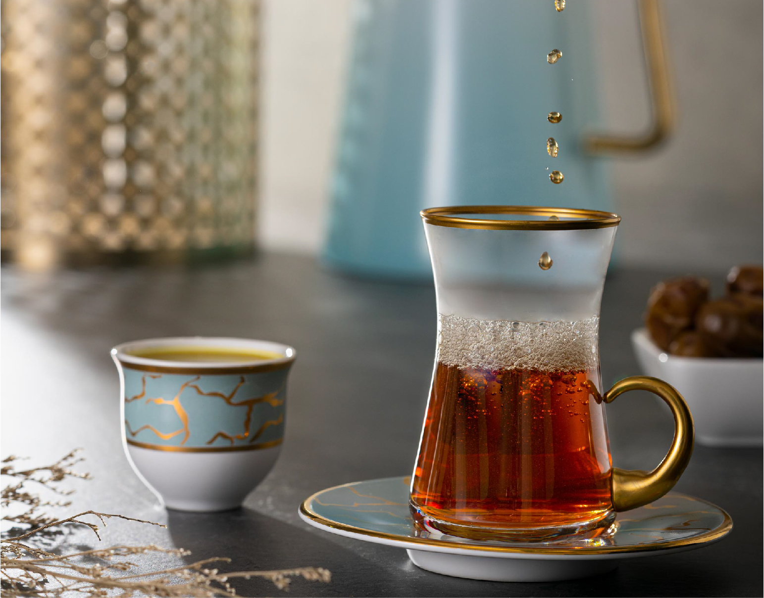 أطقم الشاي والقهوة